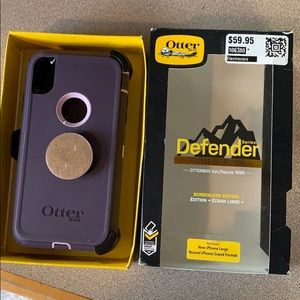 Iphone XSMAX Otterbox case with clip